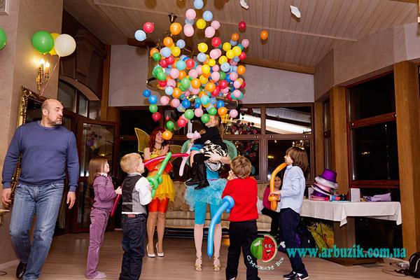 воздушные шары на праздник, оформление шарами, в Киеве