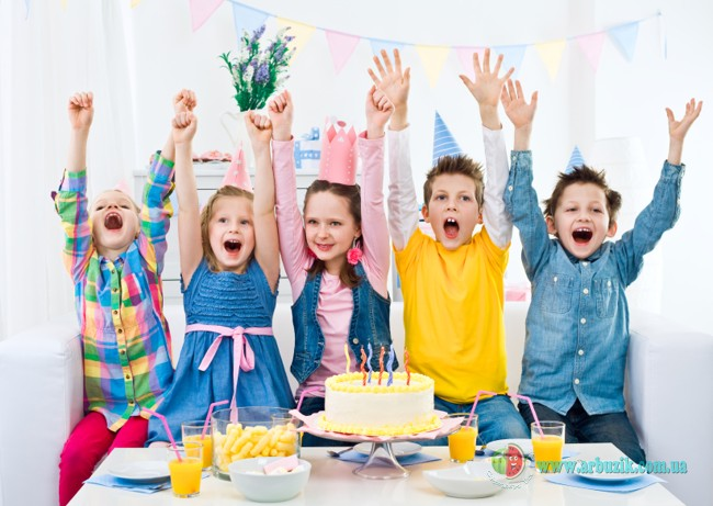 дети любят праздники